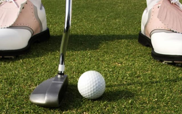 golf-ball-shoe
